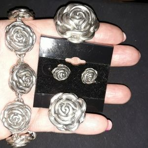 Jewelry - Beautiful Vintage Rose Set in Sterling Silver